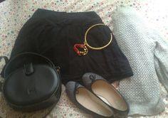 Loewe bag, Bimba y Lola shoes and bracelet, Bershka skirt.