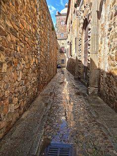 Calle de Adarve de la Estrella Caceres II, Extremadura, Spain