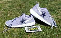 "Bandana Fever - Nike ""Cowboys"" Roshe Run Men's Wolf Grey/White by Bandana Fever,  (http://www.bandanafever.com/nike-cowboys-roshe-run-mens-wolf-grey-white-by-bandana-fever/)"