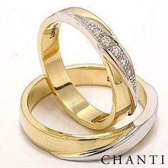 2 wedding rings in 14 carat gold and white gold 0,08 ct