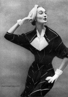 Martini Designed 1950 - Evelyn Tripp