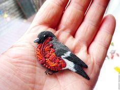 """Купить брошь """"Снегирь рябиновый"""" - ярко-красный, Рябина, рябиновый снегирь, снегирь, зимняя птичка"""