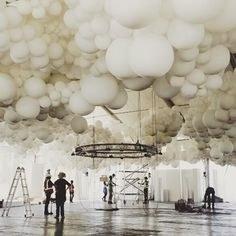 icu ~ Pin on Heather ~ Mar Giant cloud balloon installation wine farm. Balloon Ceiling Decorations, Wedding Balloon Decorations, Wedding Balloons, Balloons On Ceiling, Ceiling Art, Dylan Thomas, Balloon Clouds, Balloon Garland, Decoration Evenementielle
