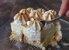 Cool sweet fridge with vanilla cream and toasts (Video … – Pastry World Cookbook Recipes, Dessert Recipes, Cooking Recipes, Desserts, Sweets Cake, Cupcake Cakes, Cupcakes, Sweet Party, Greek Sweets