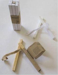 Les fonctions : Techniques : Le bâtonnet est prédécoupé en cubes, la découpe étant visible sur l'emballage. Le bouquet est lui-même contenu dans un manchon en carton simplifiant le stockage.