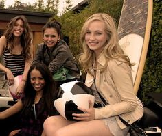 Elena, Bonnie, Caroline, and vicki!!!