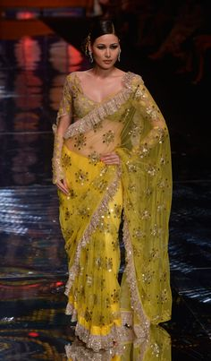 Beautiful Saree by Rina Dhaka @ Aamby Valley India Bridal Fashion Week, 2013 Indian Attire, Indian Wear, India Fashion, Asian Fashion, Indian Dresses, Indian Outfits, Indische Sarees, Indie Mode, Anarkali