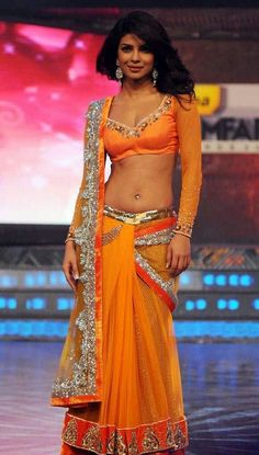 Hot Priyanka Chopra navel