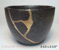 wabi-sabi repairing broken pot with kintsugi effect
