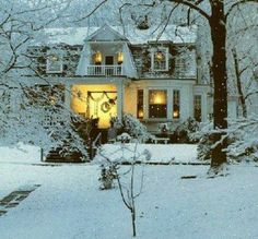 Holiday cottage for Christmas (in my dreams...)