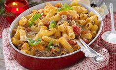 Lättlagad gratäng med lövbiff och pasta – lika god till vardag som till fest!