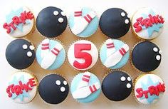 bowling themed cupcakes
