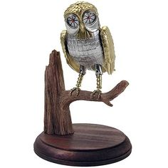 I want one of these to sit on my shelves. An iconic image from and iconic movie.
