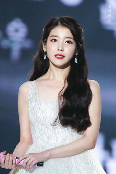 Find images and videos about kpop, iu and soloist on We Heart It - the app to get lost in what you love. Korean Celebrities, Celebs, Korean Girl, Asian Girl, Korean Makeup, Girl Next Door, Korean Actresses, Korean Singer, K Idols