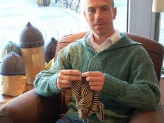 """Knitting Patterns Men Knitting the """"Sea Urchin"""" hat, wearing the """"Shells"""" sweater knitted in Caught red-handed by my. Knitting Club, Knitting Humor, Knitting Blogs, Knitting Designs, Knitting Projects, Knitting Patterns, Knitting Sweaters, Knit Art, Knit Or Crochet"""