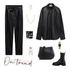 Leer op leer, op leer: dat zijn dé ingrediënten voor dit najaar. Deze trend zie je overal - van de catwalk tot aan Instagram - en nu ook in je eigen kledingkast. Je maakt de trendy look af met de sieraden van het moment: schakels. leather | look | ootd | blouse | jeans | pants | belt | bag | chain | boots | gold | make-up | watch | styling | style Make Up Gold, Catwalks, What To Wear, Fall Winter, Leather, Outfits, Fashion, Walkways, Tall Clothing
