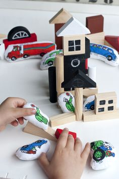 UKKONOOA:  DIY small soft toys