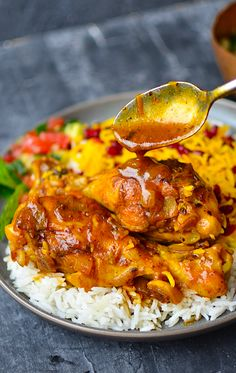 Persian Saffron Chicken Zereshk Polo Barium Morgh Yammie ' s Noshery: Persian Saffron Chic. Asian Recipes, Mexican Food Recipes, Dinner Recipes, Healthy Recipes, Ethnic Recipes, Healthy Food, Persian Food Recipes, Main Meal Recipes, Arabic Chicken Recipes