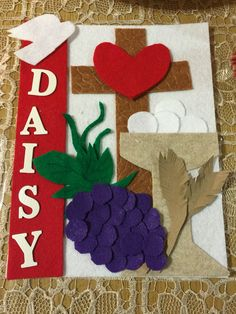 First communion Banner Communion Banners, First Communion Banner, First Holy Communion, Reconciliation Catholic, School Projects, Craft Projects, Crafts For Kids, Diy Crafts, Banner Ideas