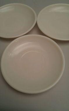 3-White-Vintage-Corning-Ware-Milk-Glass-7-034-Plates-Saucers-Glassblower-Logo
