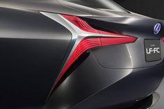 Lexus LF-FC Concept taillight