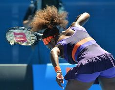 Serena Williams smashes racket after losing Australian Open 2013 quarterfinal to Sloane Stephens