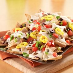 Mediterranean Pita Nachos Recipe from Land O'Lakes- Make them with Wonton chips instead! So much better and so delicious! Vegetarian Appetizers, Easy Appetizer Recipes, Great Recipes, Favorite Recipes, Game Day Food, Mediterranean Recipes, Italian Recipes, Nacho Recipes, Recipe Collection