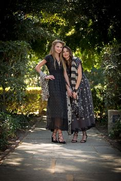 Spectacular Winter Fashion: Libby and Amber both wear cap sleeve cotton dresses and large printed wraps by Pero (made in India), from Wendy Foster. Photograph by Mehosh. Styled by Judy Foreman. Models by Hello Gorgeous Models. Hair and Makeup by Blush and Lashes, Shannon Loar-Coté. http://sbseasons.com/2016/12/spectacular-winter-fashion/ #sbseasons #sb #santabarbara #SBSeasonsMagazine #SBStyle #SBFashion