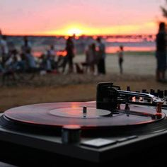 am i the only one who seriously wishes there were actually beach parties with record players and beautiful sunsets? cause, i don't know about you, but i have never been to one