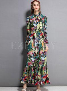 Shop Vintage Standing Collar Print Big Hem Maxi Dress at EZPOPSY. Vestidos Vintage, Vintage Dresses, Liberty Fashion, Modest Dresses, Summer Dresses, Maxi Dresses, Cooler Look, Floral Sundress, Hippie Outfits