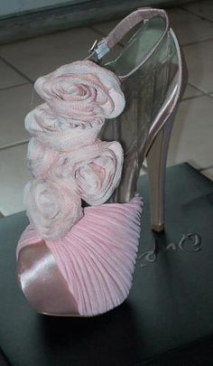Qupid Luxe Gorgeous pink/blush heels -new size 5.5