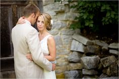 Outdoor wedding - love the pale suit.