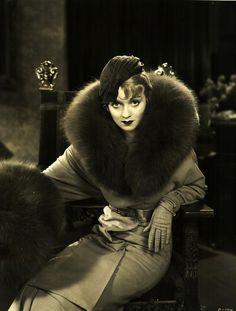 Constance Bennett, 1932,