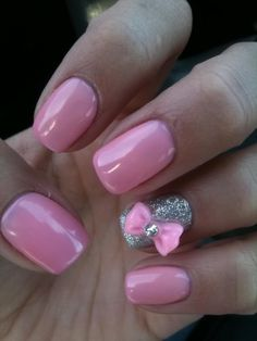 Baby pink & glitter bow nails
