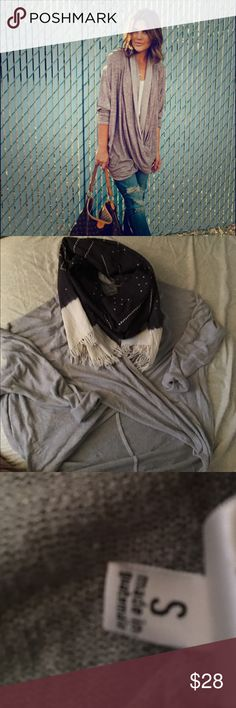 🌻 Free People Wrap Sweater 🌻 Purchased from Free People store downtown Chicago. Thin & breathable material for wear in all seasons. Size small but would fit XS-M, marble large. Pre-loved condition with a few very small unnoticeable snags. Love..Just doesn't fit anymore! First picture is not EXACT product, just very similar! Free People Sweaters