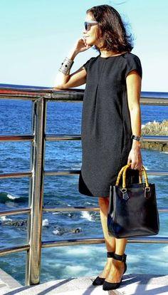 61 Ideas Fashion Work Chic For 2019 Mode Outfits, Dress Outfits, Fashion Dresses, Trendy Dresses, Casual Dresses, Summer Dresses, Moda Do Momento, Mode Shoes, Trendy Fashion