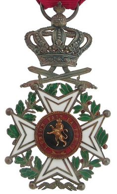 Order of Leopold (military), Knight's breast badge, WWI period.