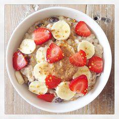 Creamy Banana Buckwheat Porridge   Deliciously Ella  AND SHE ATE HER WAY AWAY FROM A CHRONIC ILLNESS!!!