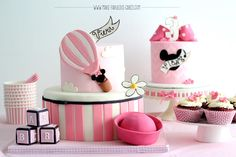 Vintage Minnie Mouse Cakes