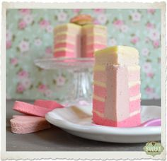 Sweet Mania: Five shades of pink (Ombre cake)