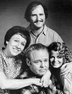 """Tonight in 1971 - All In the Family debuted on CBS-TV. Carroll O'Connor starred as Archie Bunker, Rob Reiner as Mike (Meathead), Sally Struthers as Gloria and Jean Stapleton as Edith, - Archie: """"Stifle yourself!'' -- """"Edith, hold it! Radios, Jean Stapleton, Sally Struthers, Carroll O'connor, Tv Funny, Funny Guys, 70s Tv Shows, Childhood Tv Shows, All In The Family"""