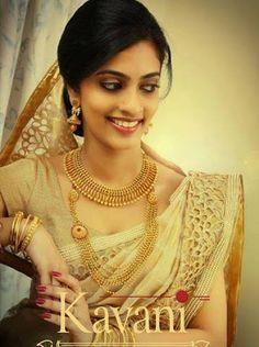 Bilderesultat for christian wedding sarees wedding saree Kerala Wedding Saree, Kerala Bride, South Indian Bride, Saree Wedding, Indian Bridal, Bridal Sarees, Wedding Bride, Christian Wedding Sarees, Christian Bride
