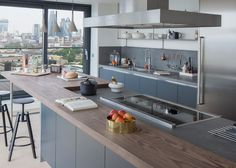 Amos and Amos champions British design in penthouses at Wapping Lane.