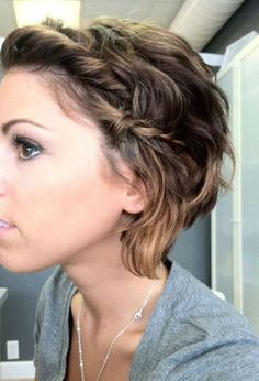25 Short Hairstyles That'll Make You Want to Cut Your Hair. Cute way to style short hair. Love the braid on the side. hair frisuren, 25 Short Hairstyles That'll Make You Want to Cut Your Hair Cute Hairstyles For Short Hair, Pretty Hairstyles, Short Hair Cuts, Curly Hair Styles, Easy Hairstyles, Growing Out Short Hair Styles, Hairstyle Ideas, Updo Styles, Medium Hairstyles