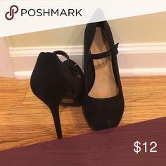 blacks heels! black heels! Shoes Heels