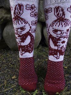 Thick Socks, Moomin, Little My, Knitting Socks, Mittens, Beautiful Outfits, Ravelry, Tatting, Knitting Patterns