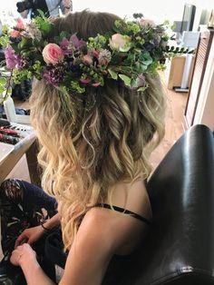 #bride #bohemian #flower #flowercrown #hair #bridehair #updo