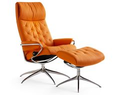 Stressless Metro high back Fill your home with holiday cheer and beautiful new furniture from Copenhagen Imports 7211 South Tamiami Trail, Sarasota, FL 34231 Monday-Saturday 10:00–6:00 • Sunday Noon–5:00 http://copenhagen-imports.com