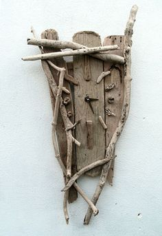 love this Drift wood clock #myeecarlyle