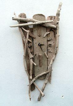 love this Drift wood clock #myeecarlyle